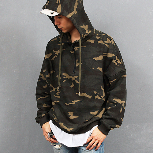 Loose Fit Camouflage Half Zip Up Hoodie