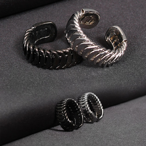 Adjustable One Size Surgical Stainless Steel Ring R29