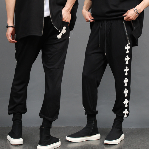 Cross Patch Semi Baggy Slim Joggers 088