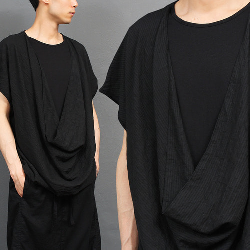 Avant garde Black Layered Shirring Drape Tee 286