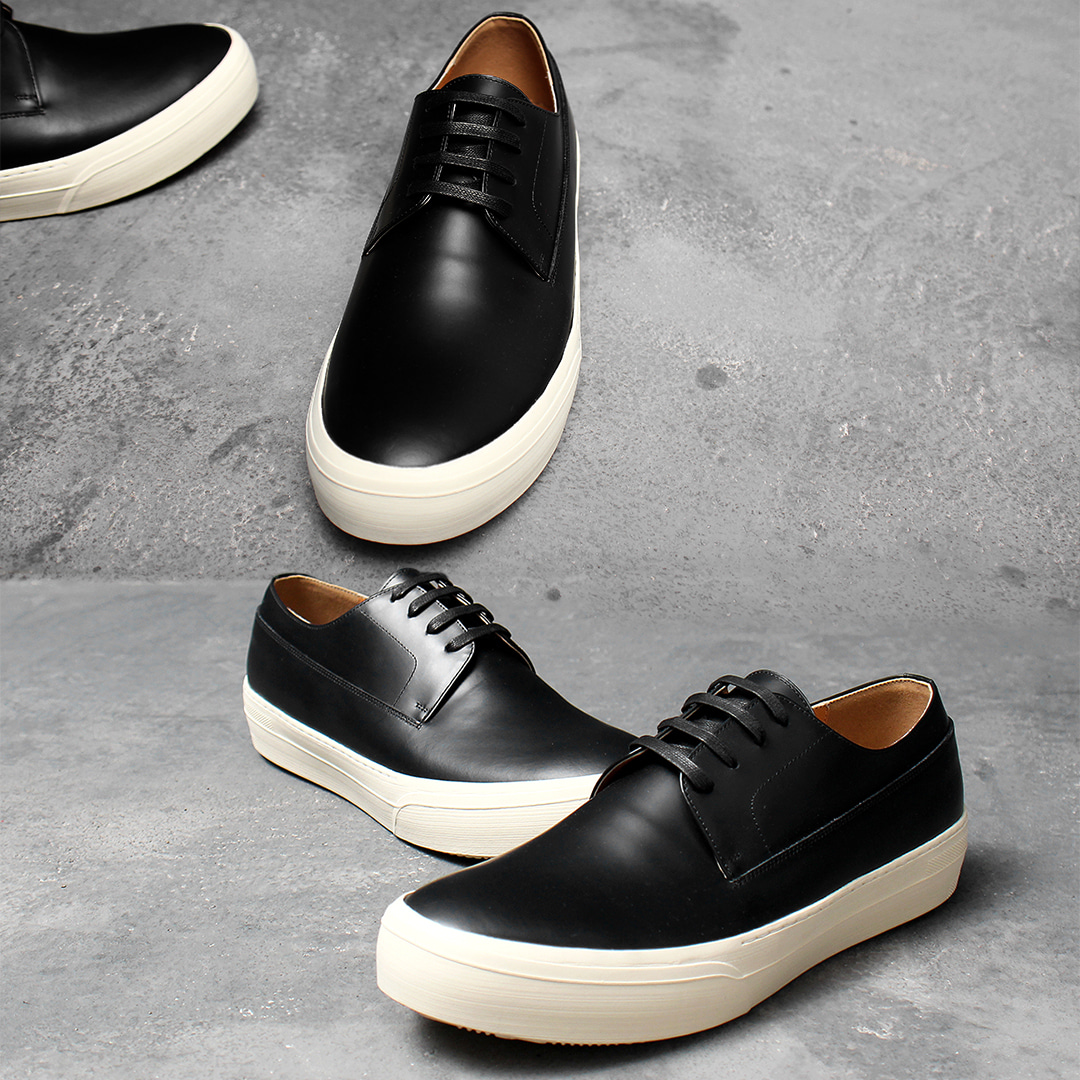 Unisex Black Leather Lace Up Handmade Sneakers 011