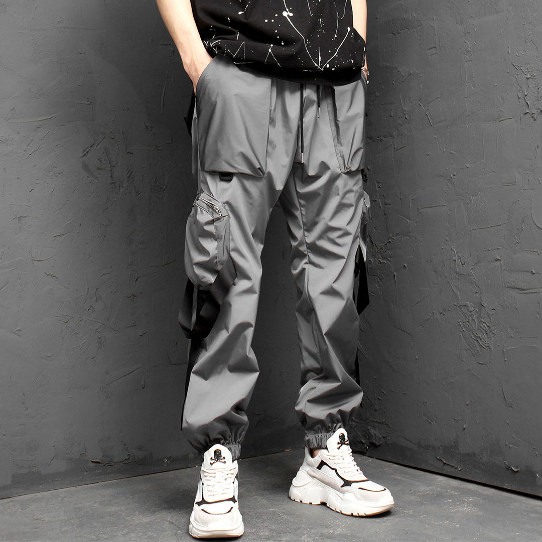 Tech Wear Look Cargo Strap Sweatpants 971