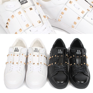 Pyramid Studs Leather Sneakers 025
