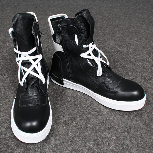 Over Tongue Lace Up Leather High Top Sneakers A072
