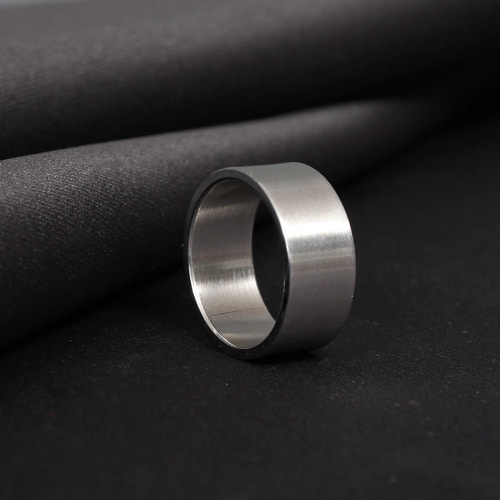 Matte Silver Tone Circle Surgical Stainless Steel Ring R31