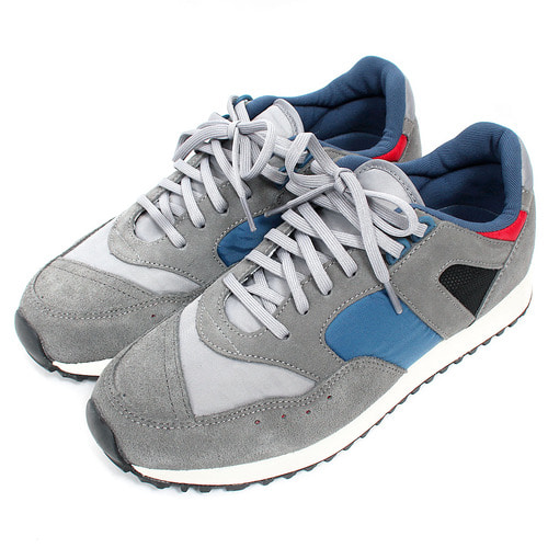 Treaded Sole Synthetic Suede Runner Sneakers 001