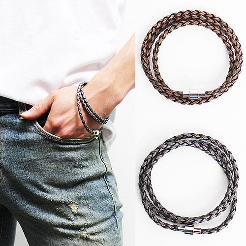 Triple Strap Twisted Bracelet 57