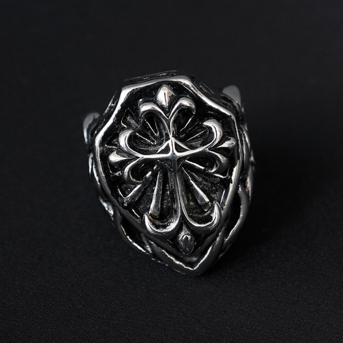 Spear Engraved Surgical Stainless Steel Ring R41