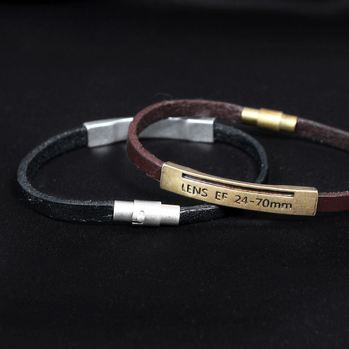 Camera Lens Information Engraved Leather Bracelet B219