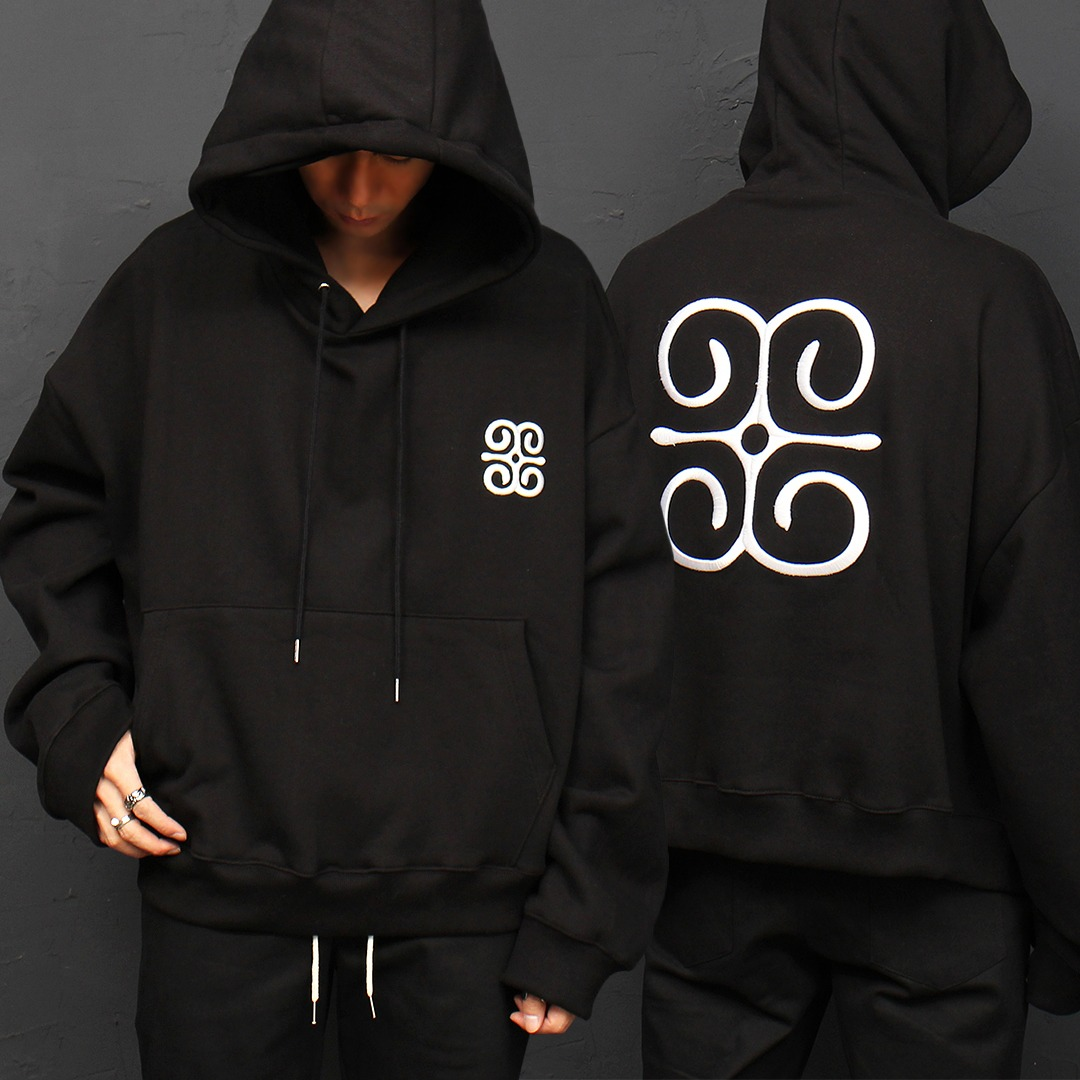 Over-sized Long Embroidery Logo Boxy Hoodie 049