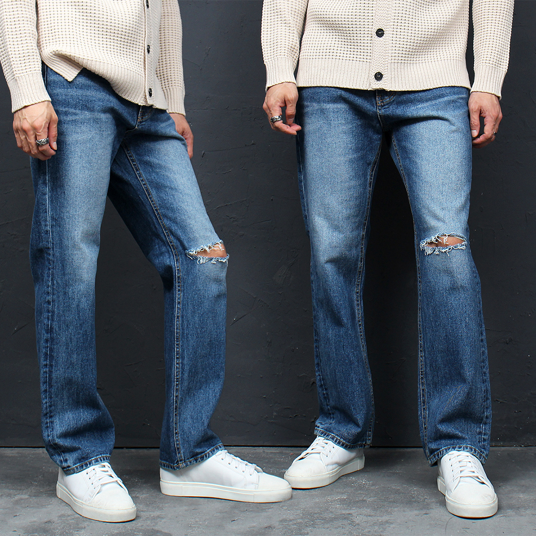 Loose Fit Knee Cut Faded Blue Jeans 111