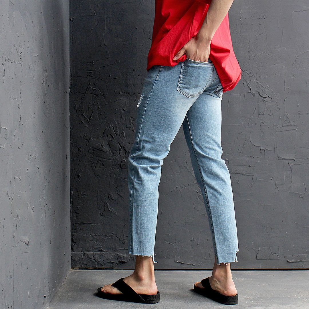 Unbalanced Cut Off Blue Skinny Jeans 438