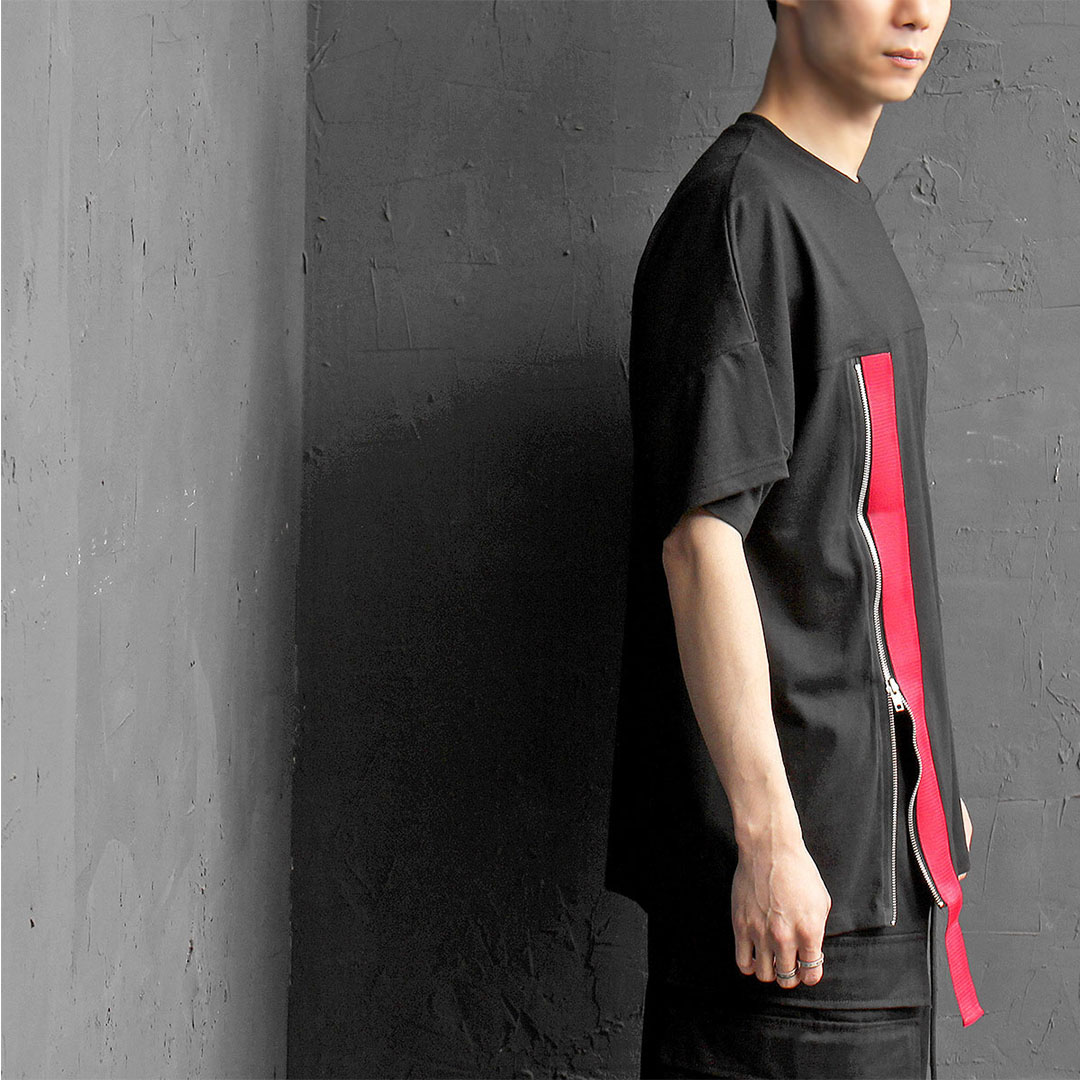 Red Webbing Strap Zip Open Short Sleeve Tee 362