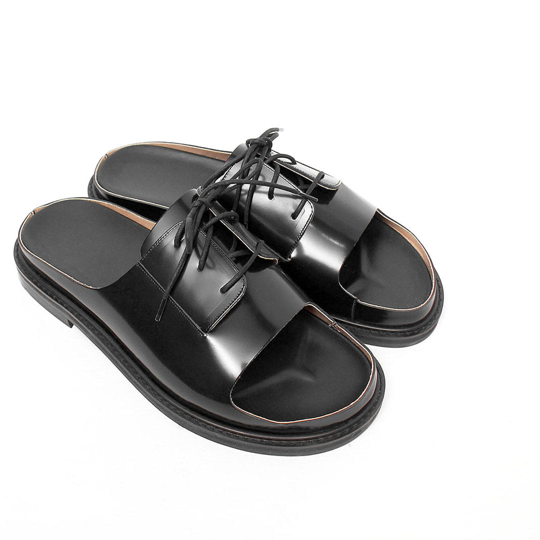 Cowhide Cut Off Styling Leather Buckle Sandals 106