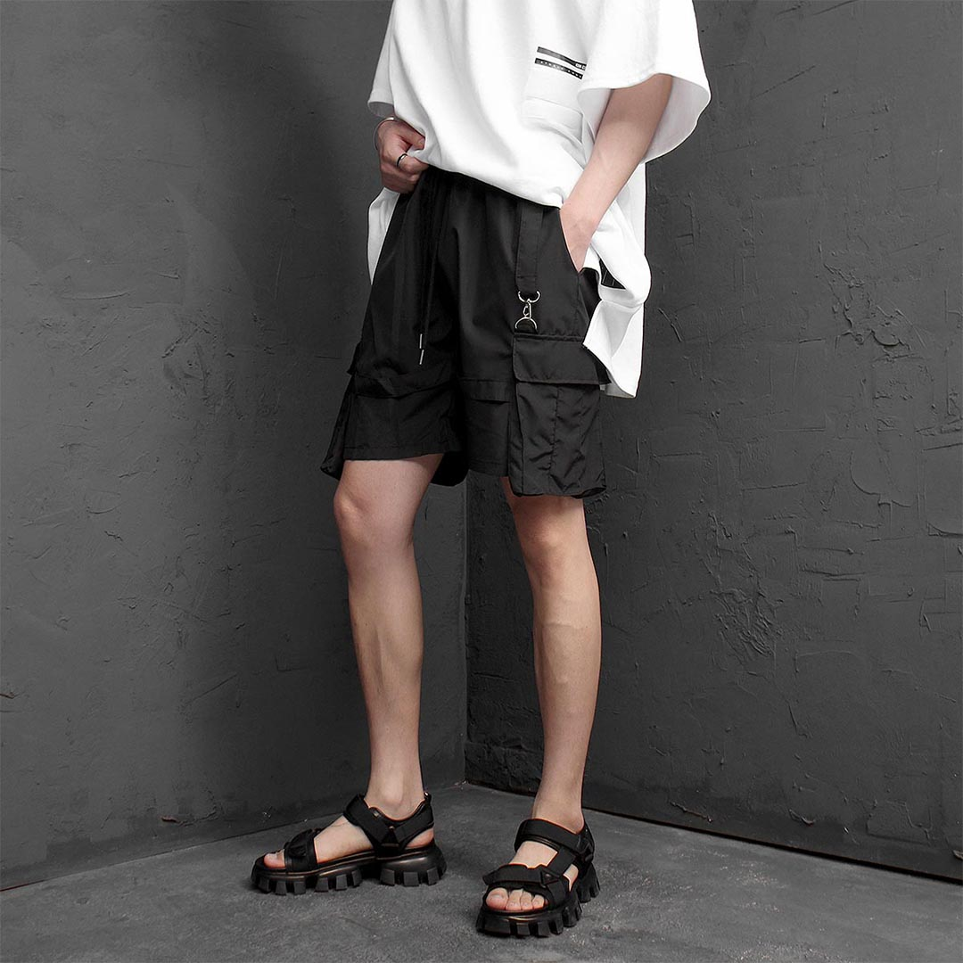Multi Strap Cargo Pocket Short Sweatpants 1239