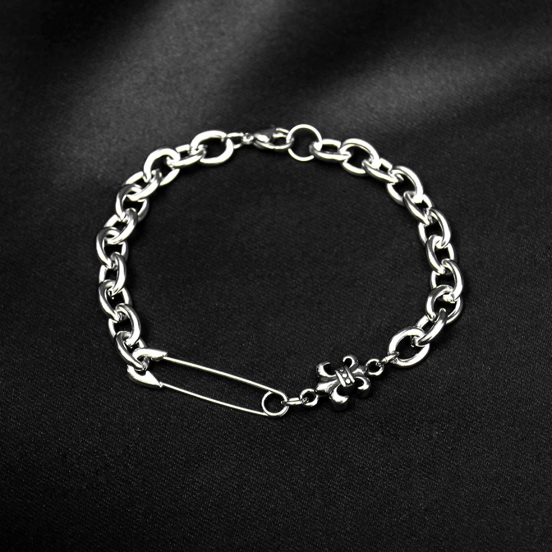 Safety Pin Scout Pendant Chain Bracelet 1284